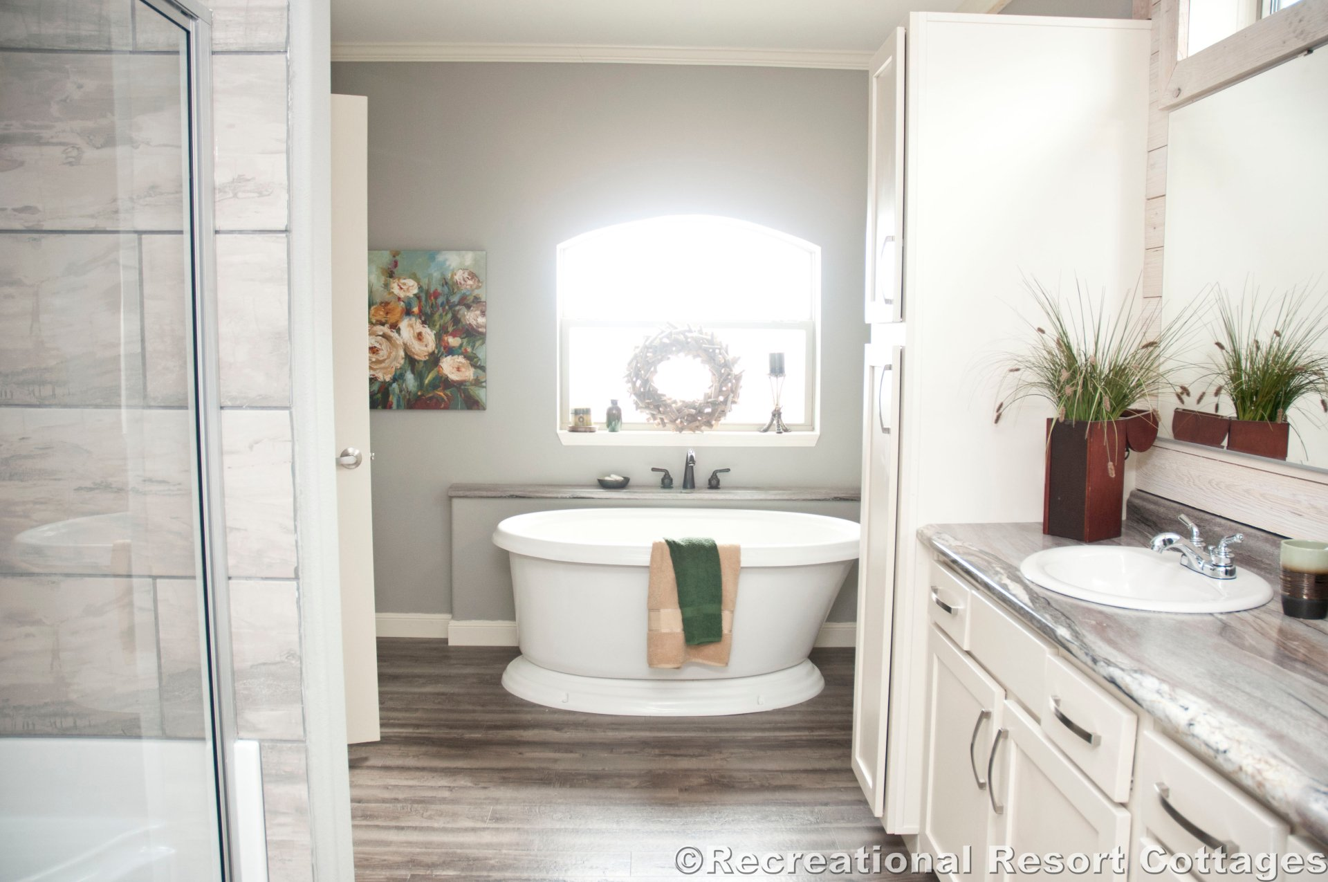 farmhouse, bathroom, multisection, manufactured home, interior